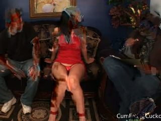 Luscious lopez in sperma eating cuckolds