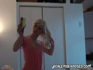 Neuken ur vriendin in de bed gratis video-