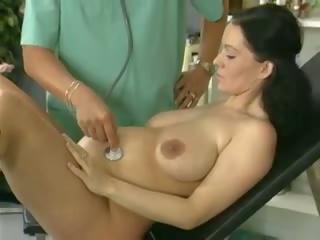 Enceinte femme étude et baisée par la docteur: gratuit porno 61