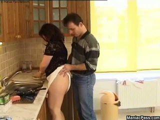 Товста манда кухня підлога ебать, безкоштовно товстушка порно 81