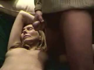附帶 精子 上 該 濕 的陰戶