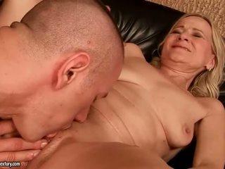 Grandmas sex kompilácia
