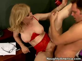 Nina hartley acquires тя cookie filled с juvenile влагалище