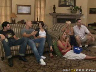 Gratis naakt tussen familie porno video-