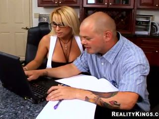 Boss Holly Halston fucking a computer tech guy