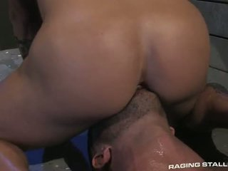 Adam killian & tyler wolf: muscle men трахання