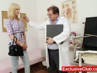 Blonda bella morgan vizita gynoclinic pentru avea ei p