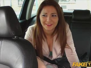 Khá nghiệp dư pays giới tính vì taxi đi chơi