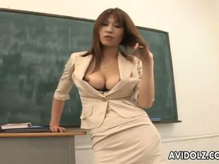 Гаряча грудаста ai kurosawa брудна вчитель з величезний