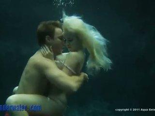 Whitney taylor - dalam air seks