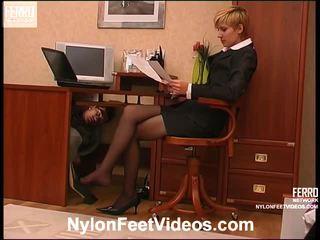 Cassandra ir vitas seksualu ilgos kojinės pėdos filmas