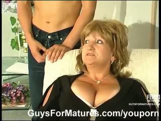 sânii mari, german, mamele și boys