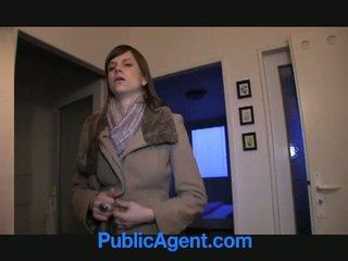 Offentlig agent fucks gravid marketa