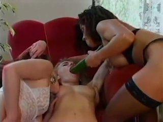 Angelica bella в лесбийки действие ;)