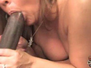 Joclyn 石 美洲狮 同 黥 获得 一 硬 肛交