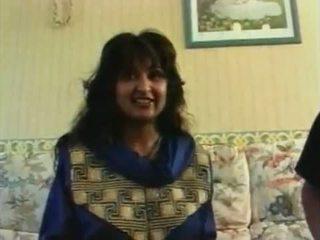 Roop tera mastana - नग्न hindi song