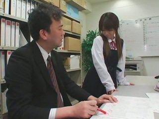 Na twarz cumshots na azjatyckie schoolgirls
