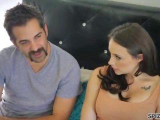 A hajlékony feleség meg a szakállas férj - xxx videók ingyen