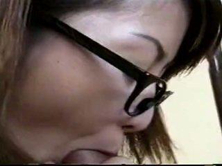 Japoniškas mokytojas dulkinimasis studentas