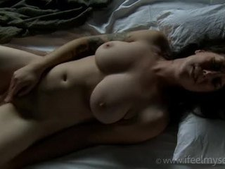 Female Orgasm Compilation Vol.3