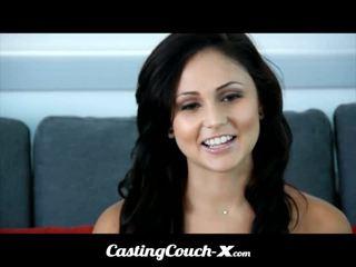 Kastings couch-x dumb florida meitene loves līdz jāšanās par kamera