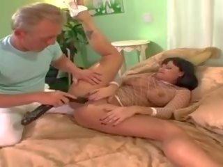Kami andrews - oomje buck scène 3, gratis porno 4d
