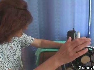 A customer bangs luma sewing