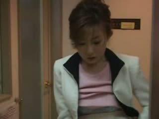 Japonais mère surprit nephew paluchage vidéo
