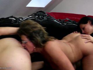 Groß heiß gruppe sex mit omas mütter und mädchen: hd porno 05