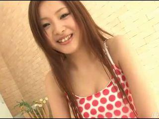 Seks met rondborstig aziatisch meisje