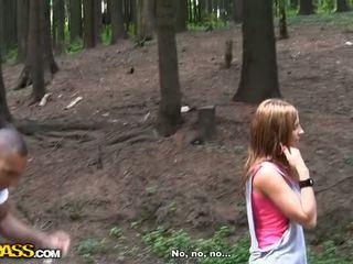 Bips neuken met foxy roodharige russisch video-