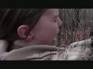 Geil outdoors - assfuck met jong meisje, porno 71