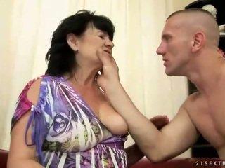 Tyňkyja saçly garry gets fucked