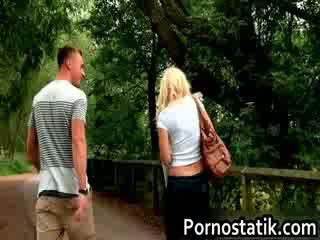 Slutty blond karlie simone joins ein guy