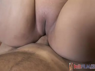 Large nice looking asia maly getting down on some jago!