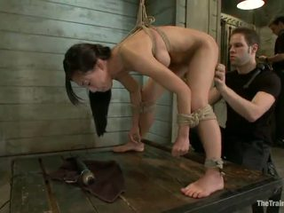 Thin tia ling licks dongs un has bumped uz constrained vid