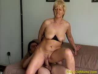クレイジー 古い ママ gets ファック ハード