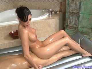 Kortney kane rubbing