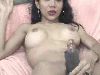 Jeje plays may a masturbation sleeve