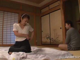 Ayano murasaki has unforgettably hecho amor till going a sofá