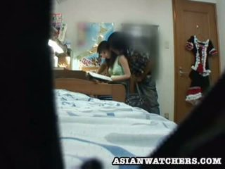 Spycam jong schoolmeisje privé lesson 2
