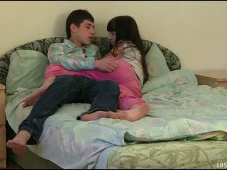 quan hệ tình dục tuổi teen, amateur teen porn, khoan teen pussy