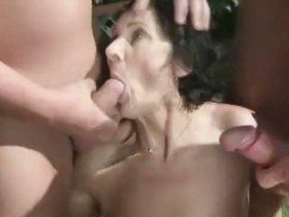 Vecmāmiņa Čurā