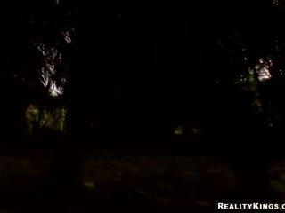 Mieze rechts- alter teenager ava rose engulfing auf sie groß schwer halloween schwanz behandeln