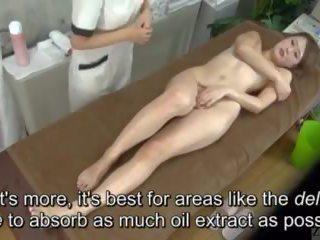 Subtitled enf cfnf japonesa lésbica clitoris massagem clinic