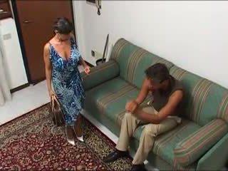 Une maman demonter par syn mec et syn fils