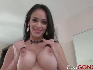 Mainit latina jasmine caro gets kanya tender puke pounded