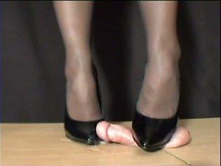 Obez arletta crushed içinde bbw metres stilettos