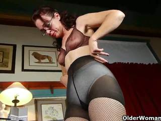 Mom's new pantyhose send her into a masturbation frenzy