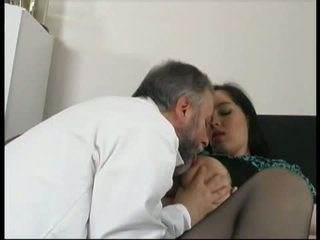gynecologist fuck lustful pregnant pat...